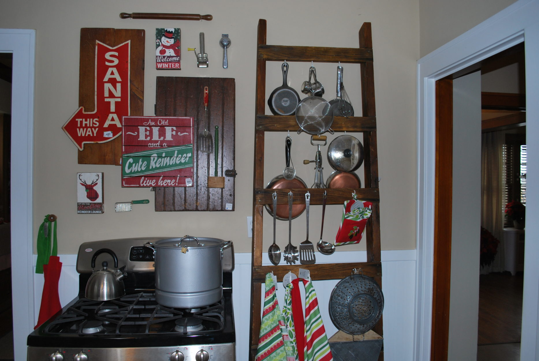 Stove wall at Bachman's Holiday Ideas House 2014