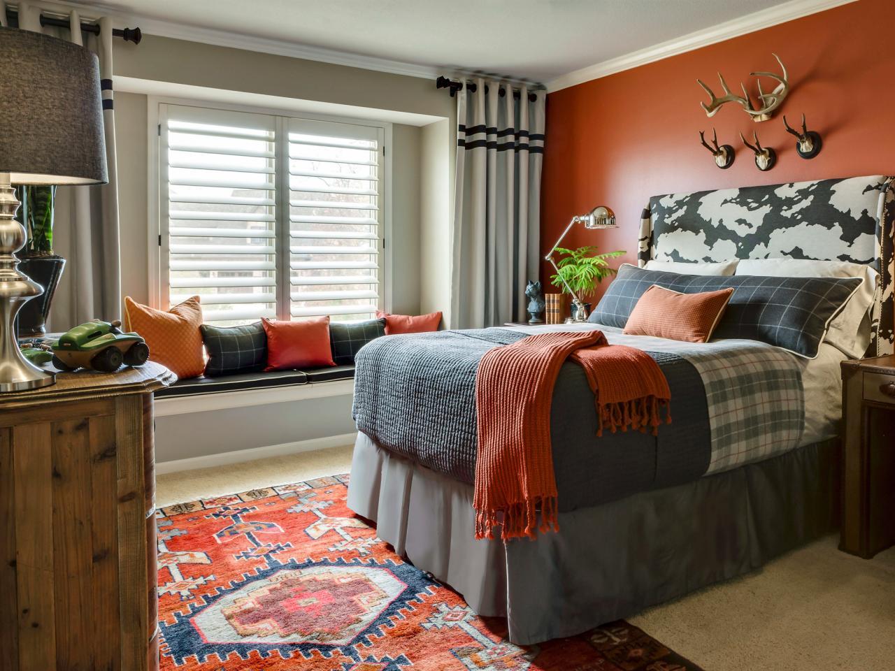 original_Laura-McCroskey-tween-boy-sophisticated-grey-russet-bedroom.jpg.rend.hgtvcom.1280.960