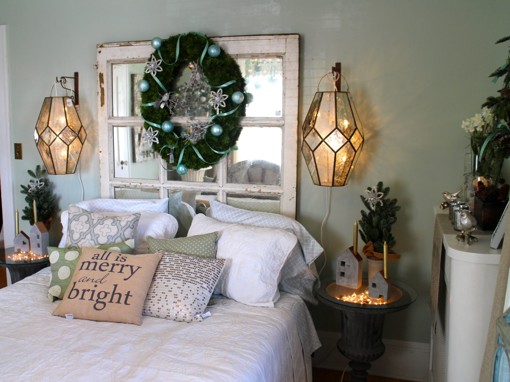 bedroom holiday decor Bachmans house 2015