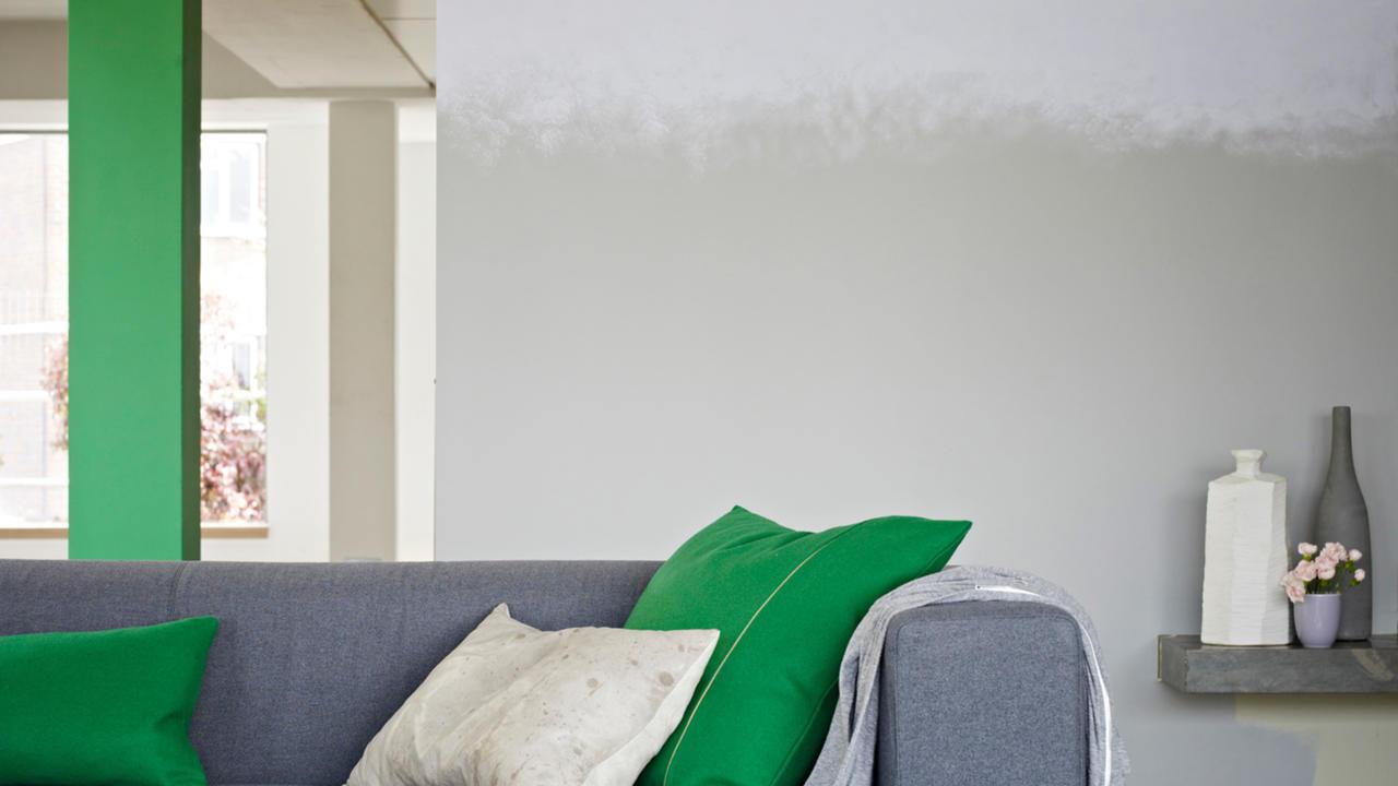 ombre-stripes-make-an-original-living-room   Hirshfield\'s