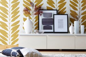 large scale gold wallpaper leaf pattern