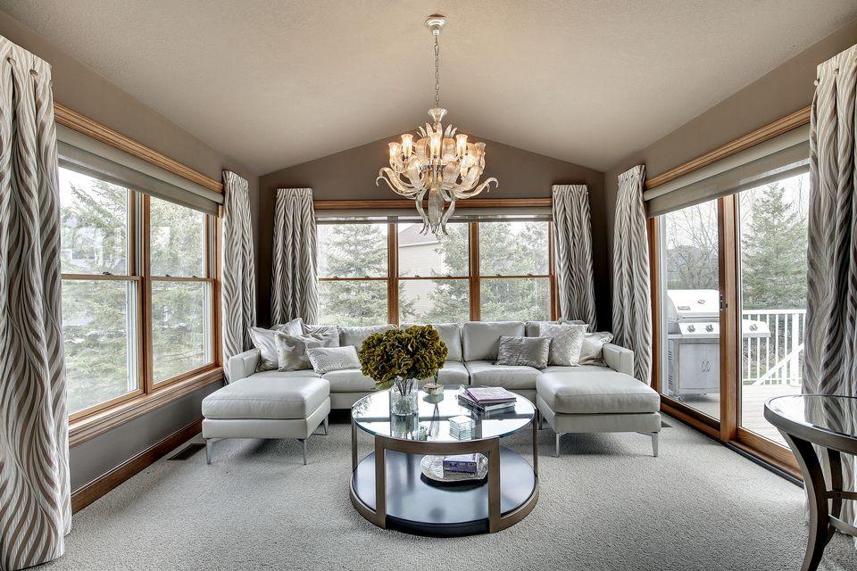 Mahtomedi home image living room