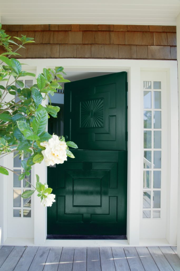 Benjamin-Moore-Dutch-Door