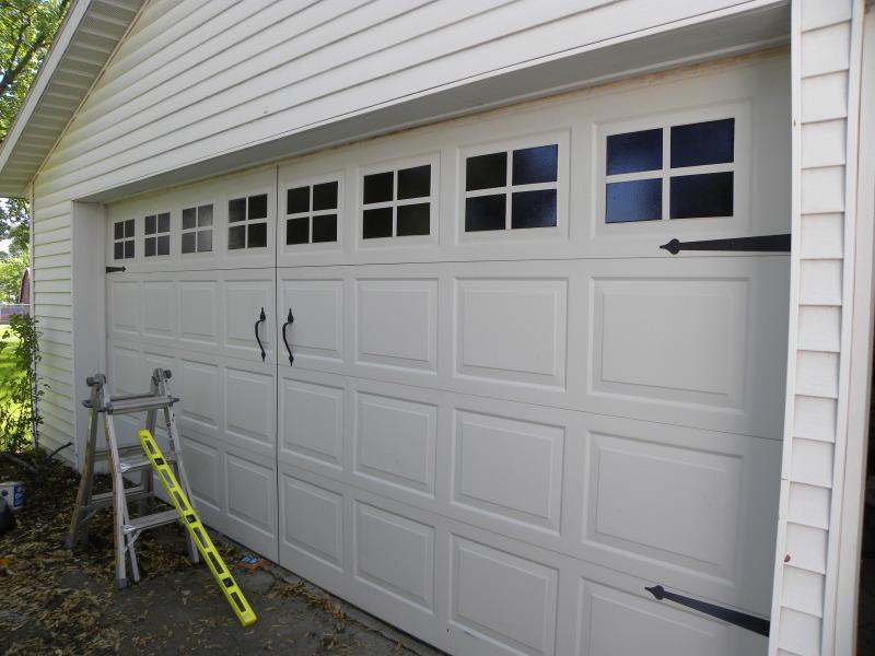 {friday Finds: Diy Carriage Garage Doors}