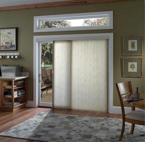 picture of sliding glass door window treatment